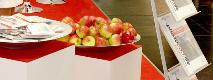 Apfelschale als give Away auf Messestand von photocad 2015